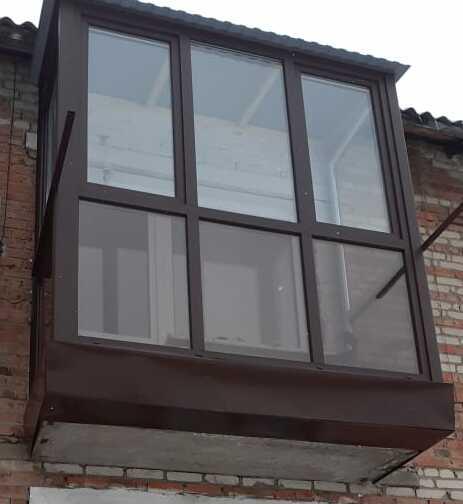 Остекление французских балконов